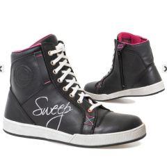 Sweep Shoe Womans Sandy Waterproof, Black/Pink