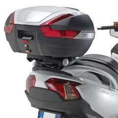 Givi Specific plate for MONOKEY® boxes Suzuki AN650 Burgman (02-14)